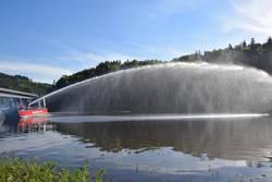 Inbetriebnahme/Übergabe des neuen Rettungsbootes des Saale-Orla-Kreises an die Stützpunktfeuerwehr Bad Lobenstein