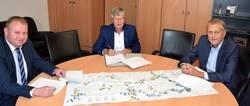 Unterzeichnung Allgemeinverfügung des Landratsamtes zum Schwerlastverkehr auf der B 2 in Gefell