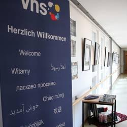 """""""Ausstellung Flucht und Migration"""" der Volkshochschule Saale-Orla"""