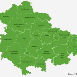 Das Thüringer Gesundheitsministerium veröffentlicht täglich den Stand der Corona-Lage im Freistaat. Stand 23. August gibt es in allen Landkreisen und kreisfreien Städten Thüringens eine entspannte Lage; alle befinden sich in der sogenannten Basisstufe.