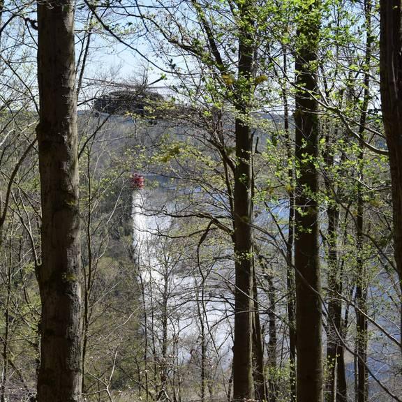 Hubschrauber-Einsatz beim Großbrand am Heinrichstein Ostern 2019